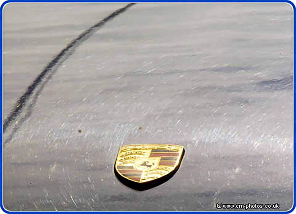 Extent of swirl-marks on hood