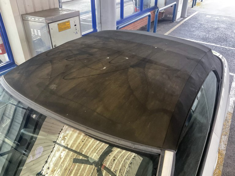 Audi A3 dirty convertible roof